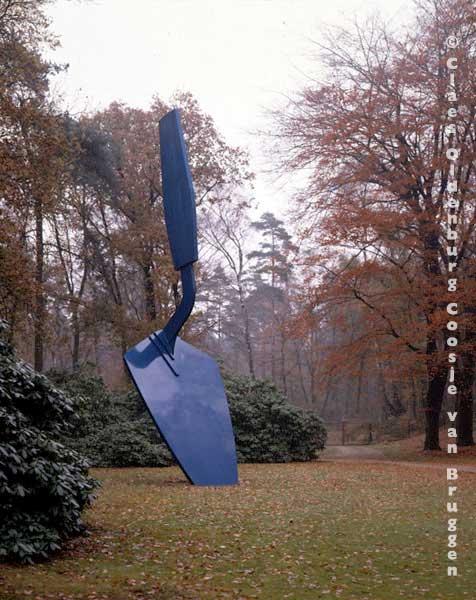 Claes Oldenburg, Trowel 1