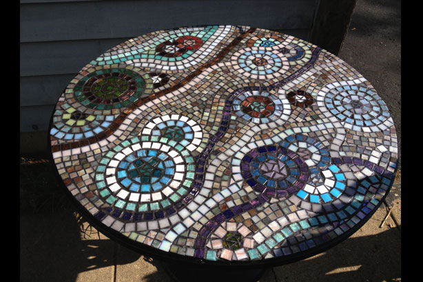 mosaic patio table by linda oeffling