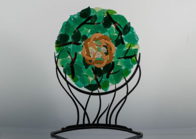 fused-glass-mandala-celtic-nest by linda oeffling